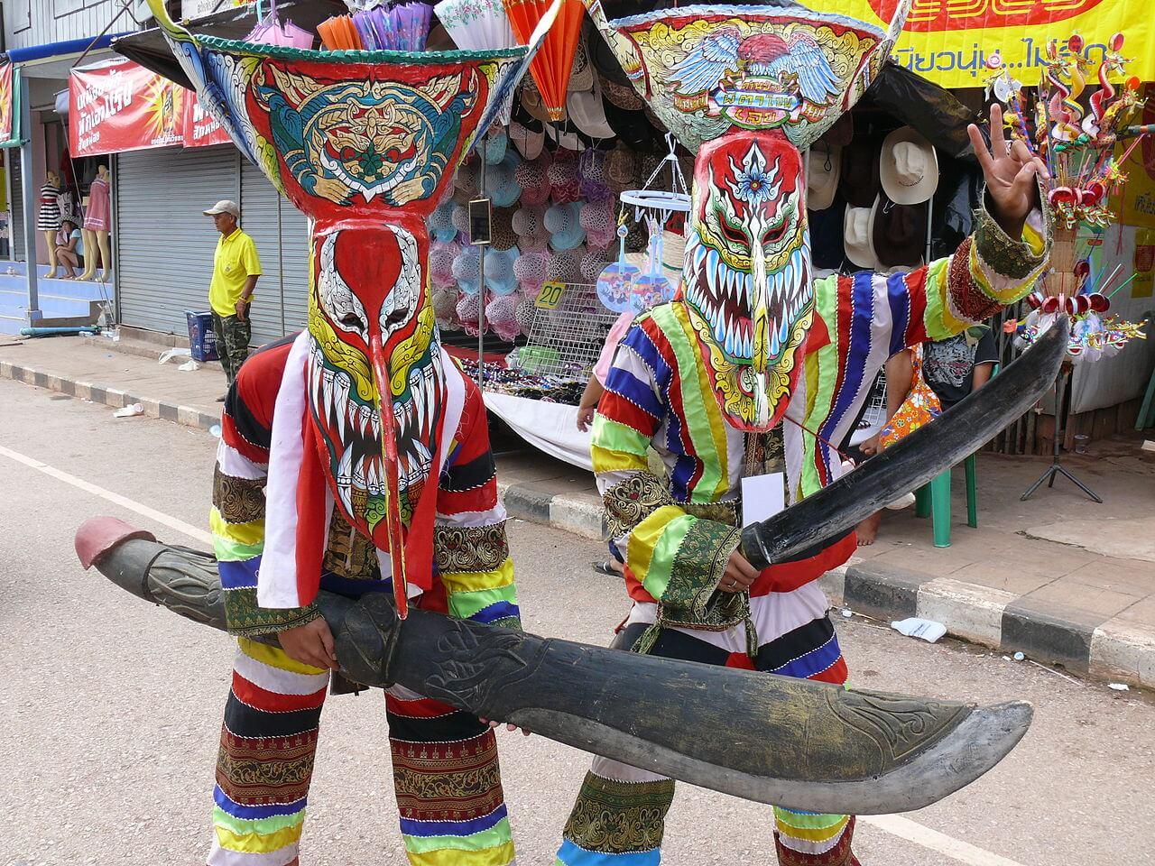 Таиланд, Фестиваль Фи Та Хон в провинции Лоэй.