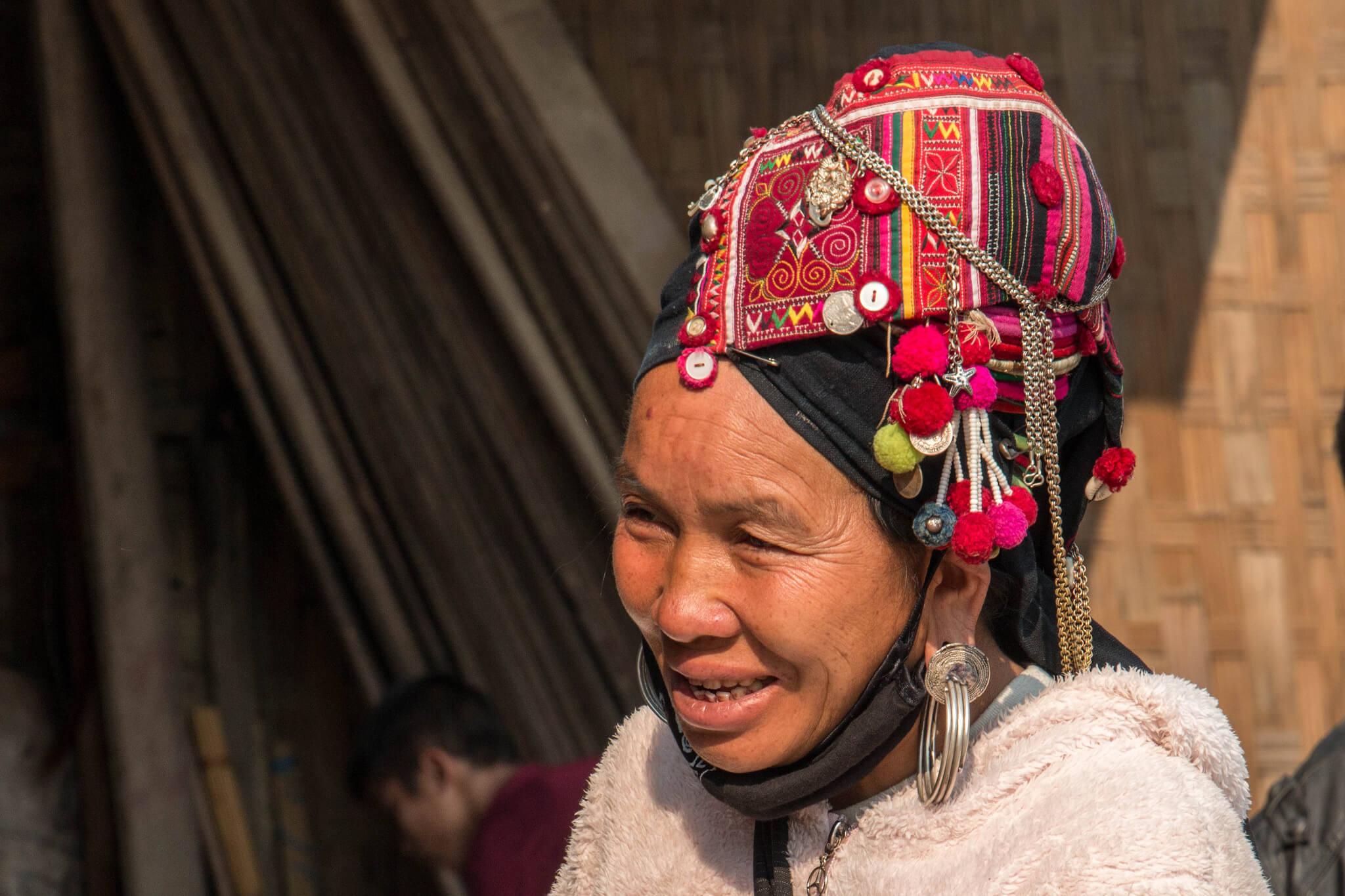 Таиланд, фестиваль Акха Свинг, представительница племени Акха.