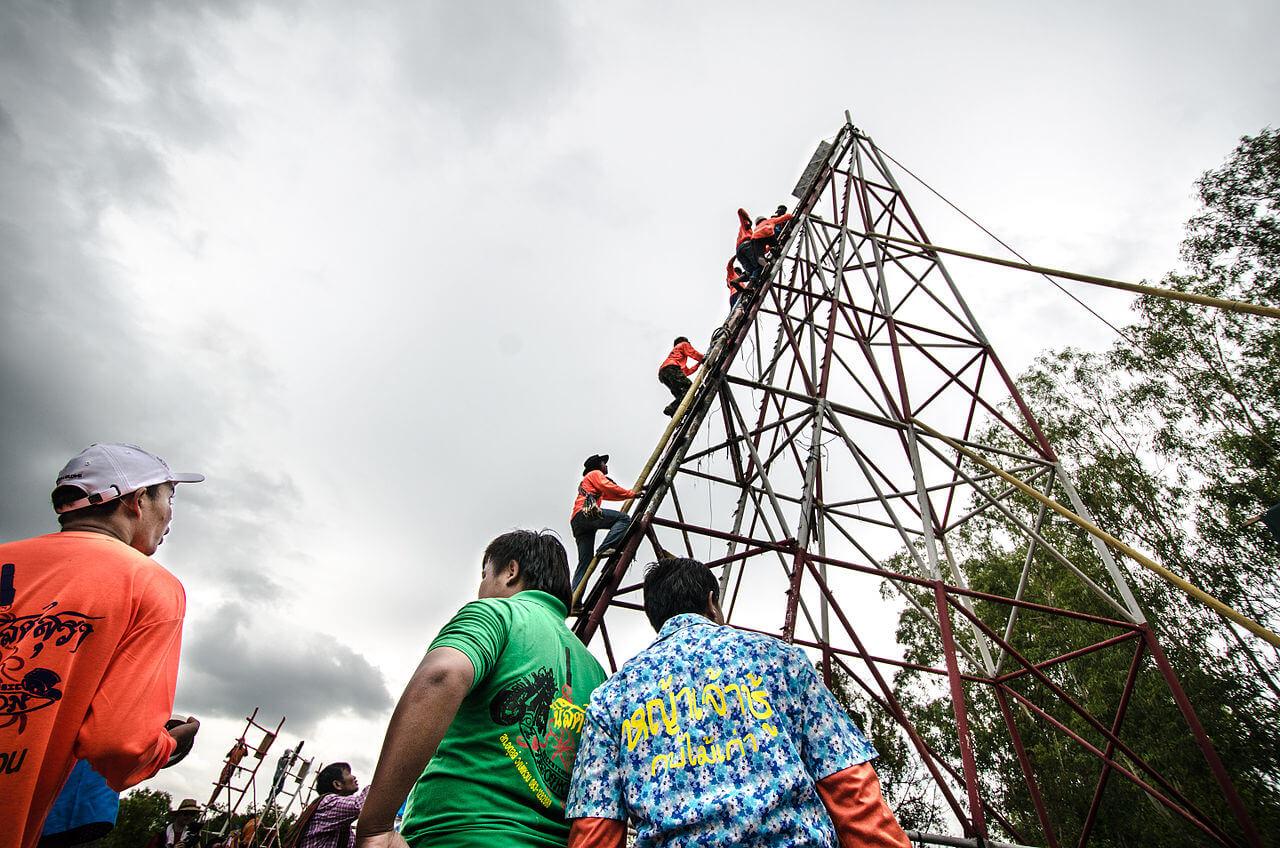 Таиланд, фестиваль Ятотхон, запуск ракет.
